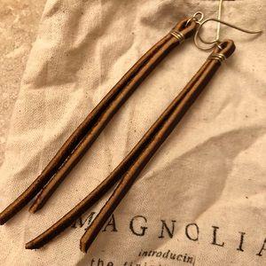 Magnolia Postman Earrings